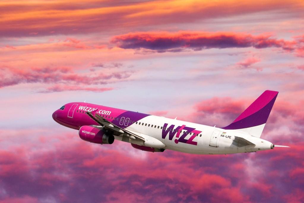 wizzair_pink_sky